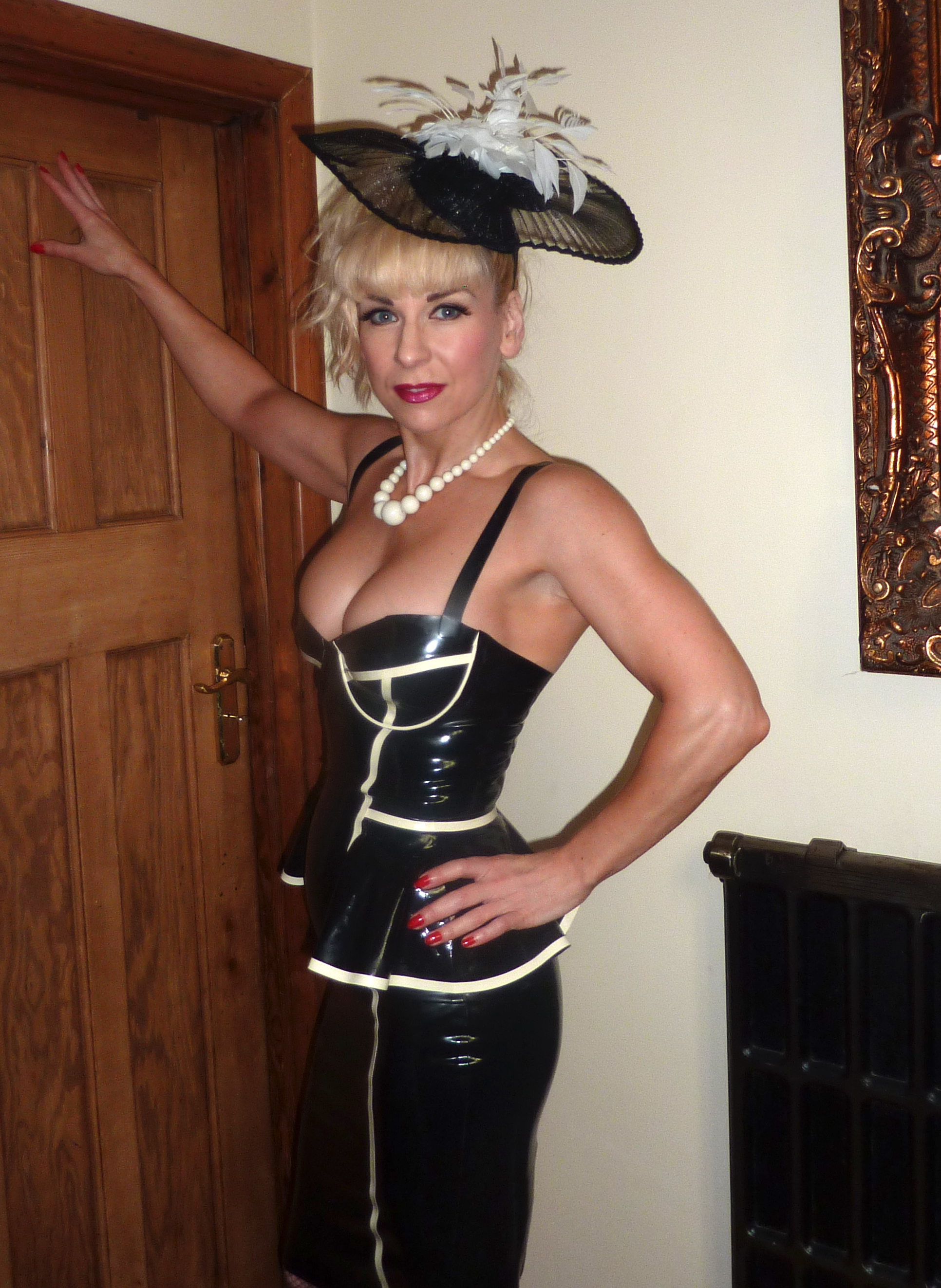 stories bondage French maid